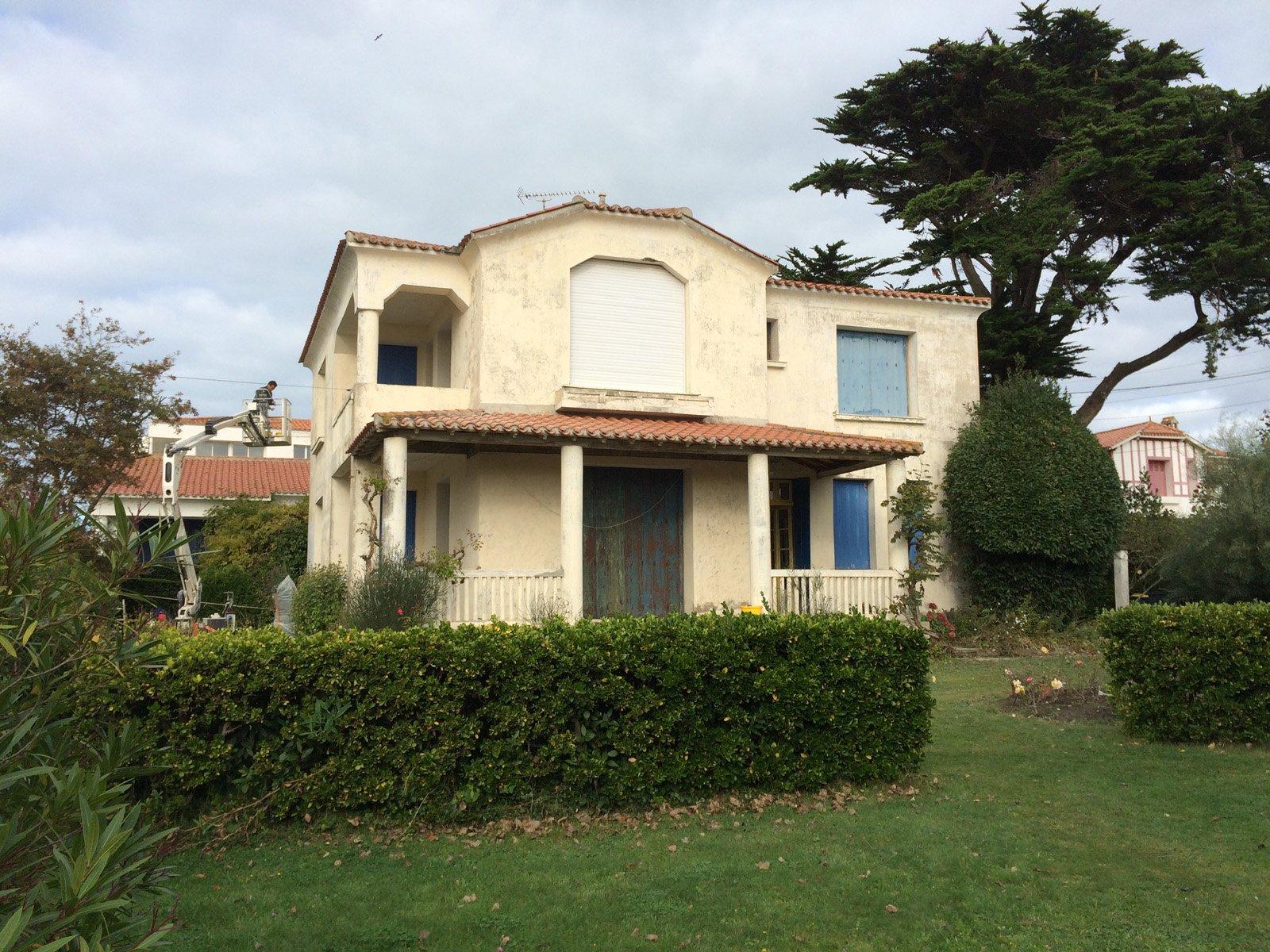 Maison avant que la façade soit rénovée par ROGER SAS en Loire Atlantique